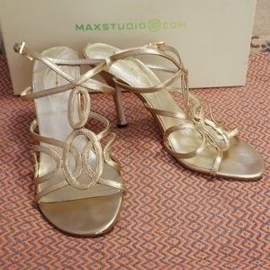 Maxstudio Rose gold open - toe dressy heels